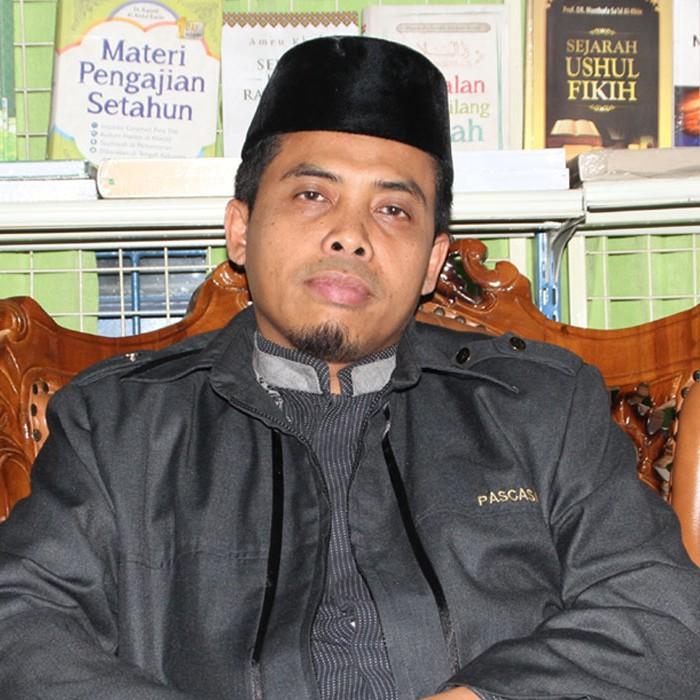 Foto_Ustadz_Dr. Ahmad Zain Sarnoto, M.A.,M.PdI._cariustadz.id
