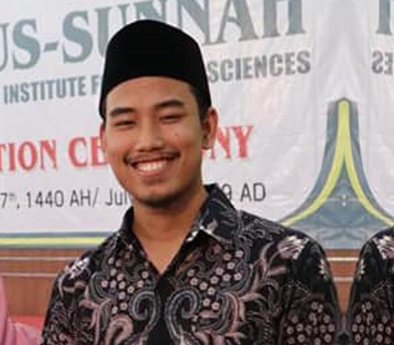 Foto_Ustadz_Zaim Najibuddin Rahman Lc, S.Pd_cariustadz.id