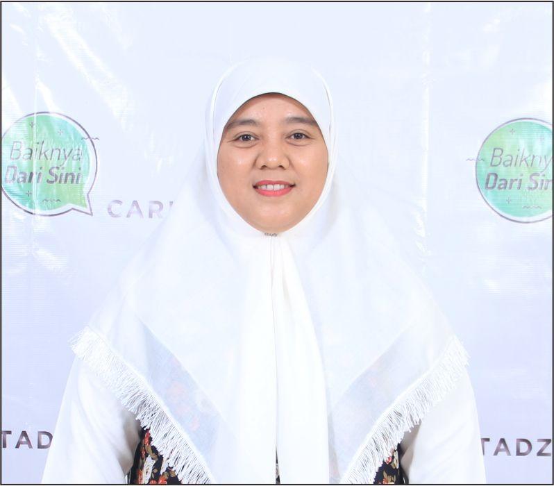 Foto_Ustadzah_Dr. Nur Arfiyah Febriani, MA_cariustadz.id