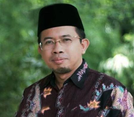 Dr. Muchlis M. Hanafi, MA