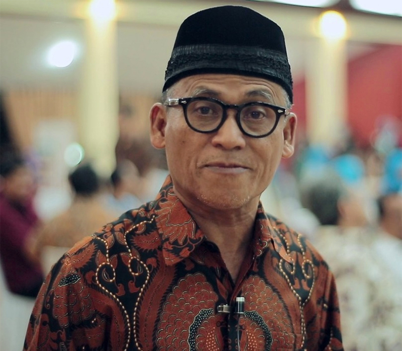 Prof. DR. Asep Usman Ismail, MA